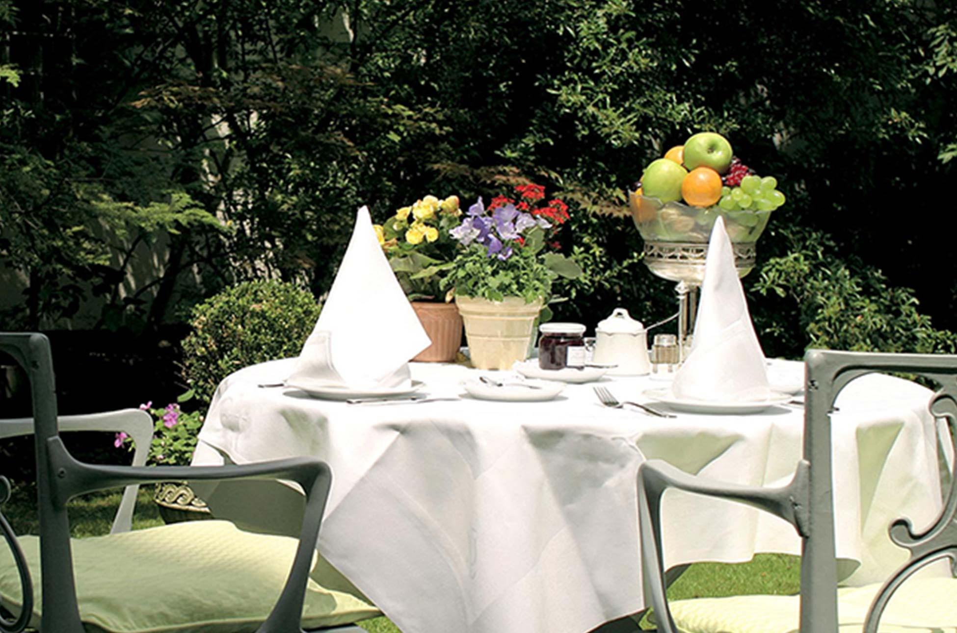 Frühstücksterrasse | Hotel Admiral München